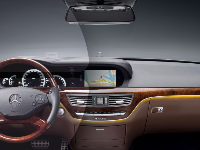Interieur van een Mercedes-Bens, gebruikt in de campagne.